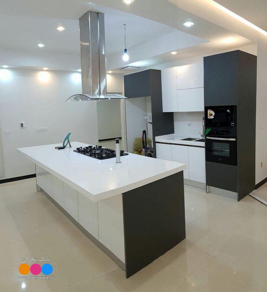 آشپزخانه ای مدرن با حداقل فضا