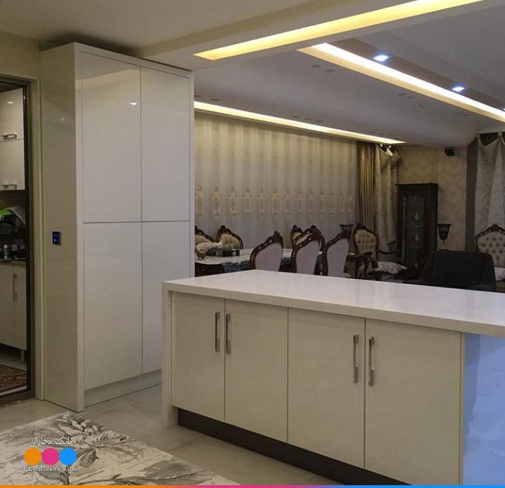 مدل کابینت آشپزخانه سفید هایگلاس مدرن ایرانی