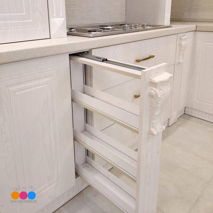 آشپزخانه ایرانی با کابینت سفید ممبران 6
