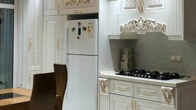 Photo of آشپزخانه شیک ایرانی با کابینت ممبران سفید و طلایی