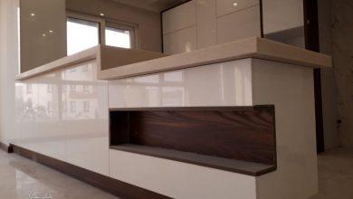 تصویر از کابینت آشپزخانه مدرن بدون دستگیره از جنس mdf مات و های گلاس