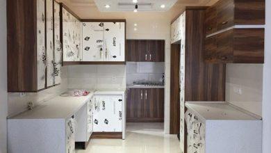 Photo of آشپزخانه نما با کابینت مدرن هایگلاس سفید و طرح چوب مات