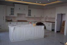 Photo of 6 عکس از آشپزخانه ممبران ایرانی تمام سفید با جزیره