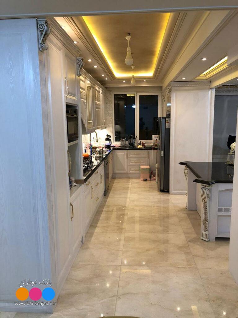 آشپزخانه مستطیلی کلاسیک